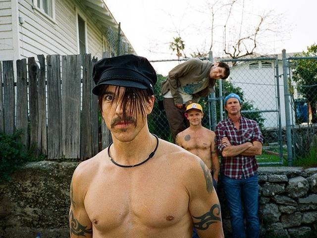I RED HOT CHILI PEPPERS BALZANO IN TESTA ALLA CLASSIFICA EVENTI