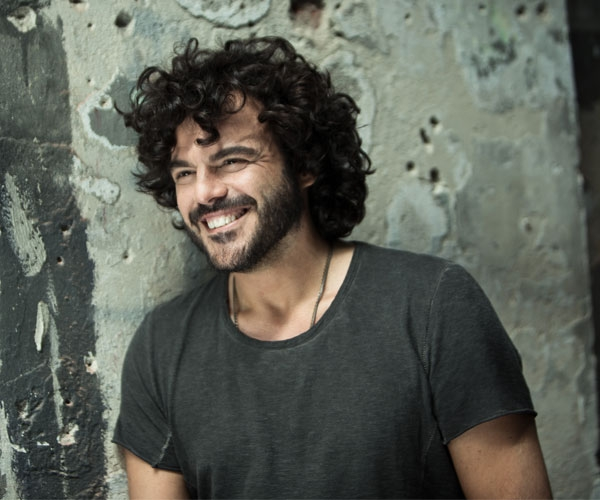 "FRANCESCO RENGA, SOLD OUT LA DATA DEL 19 MAGGIO A MILANO DEL ""TEMPO REALE TOUR"""