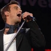 ROBBIE WILLIAMS INCIDERA' UNA NUOVA CANZONE CON ADELE.